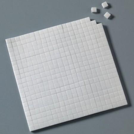 Klebekissen, doppelseitig, 5 x 5 x 3 mm / 10 x 14 cm, 560 Stk., Farbe: weiß
